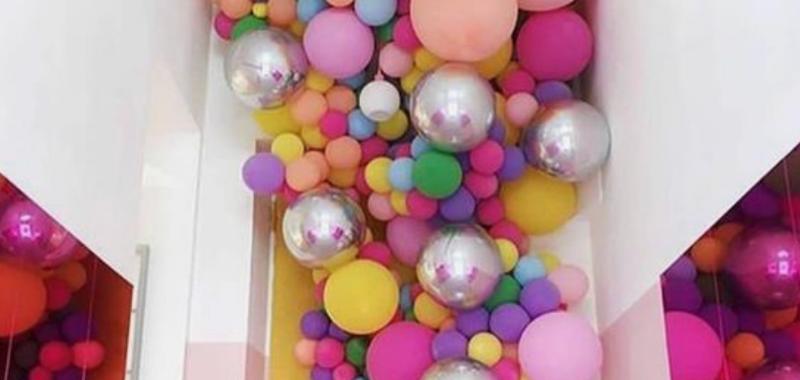 spalvoti balionai dekoravimas